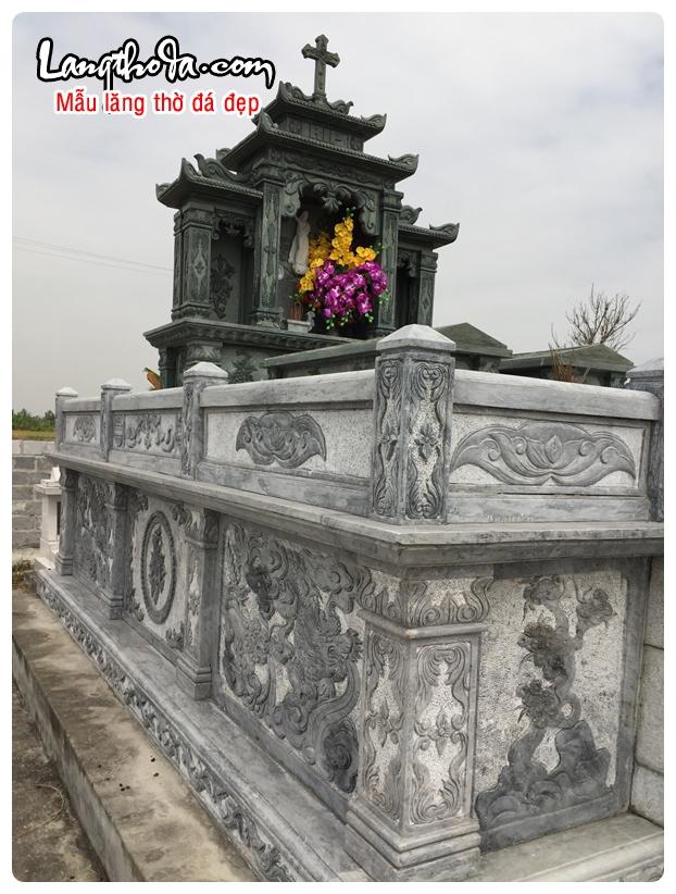 Lăng thờ đá 11
