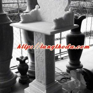 Cây hương bằng đá trắng