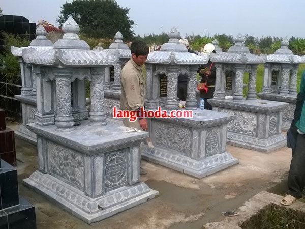 mộ đá cột tròn
